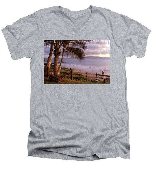 Kai Makani Hoohinuhinu O Kamaole - Kihei Maui Hawaii Men's V-Neck T-Shirt