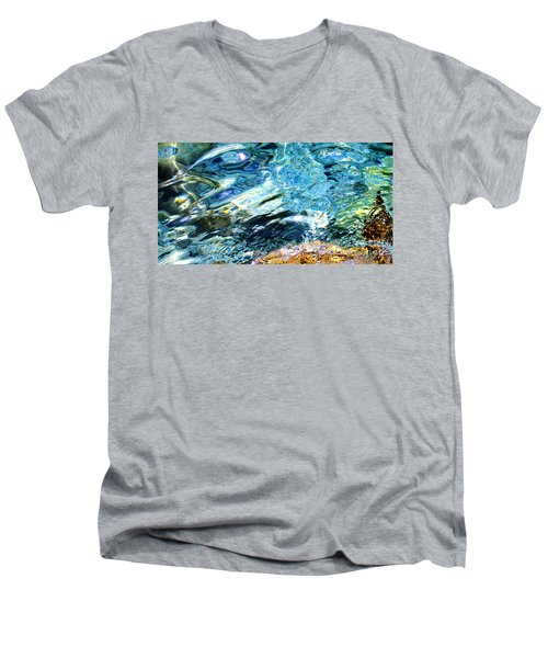Kanaloa Abstract Men's V-Neck T-Shirt