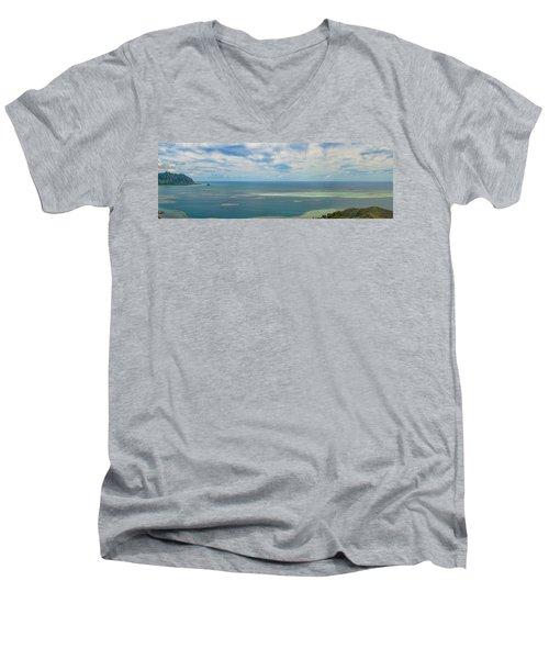 Kaneohe Sandbar Panorama Men's V-Neck T-Shirt