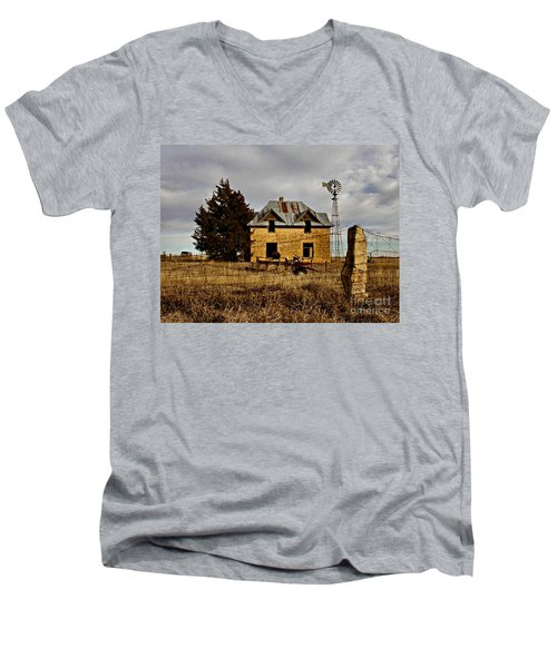 Men's V-Neck T-Shirt featuring the photograph Kansas Castle 1 by Lynne Wright