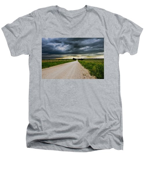 Kansas Storm In June Men's V-Neck T-Shirt
