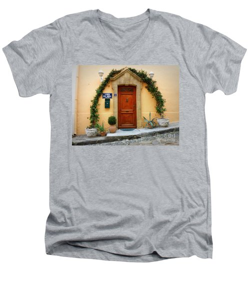 La Maison Du Miel Men's V-Neck T-Shirt