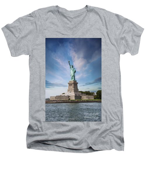 Lady Liberty Men's V-Neck T-Shirt