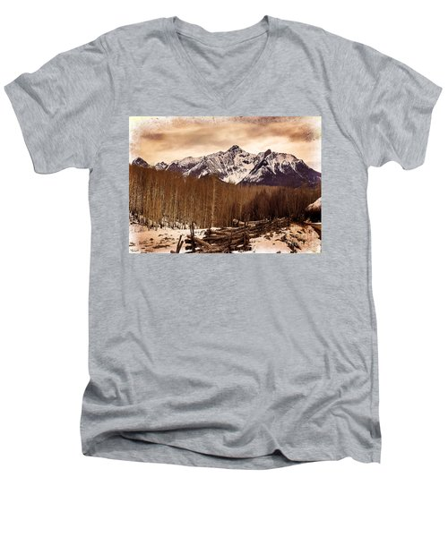 Last Dollar Road Winter Men's V-Neck T-Shirt