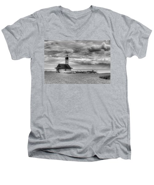 Leuty Lifeguard Station Men's V-Neck T-Shirt