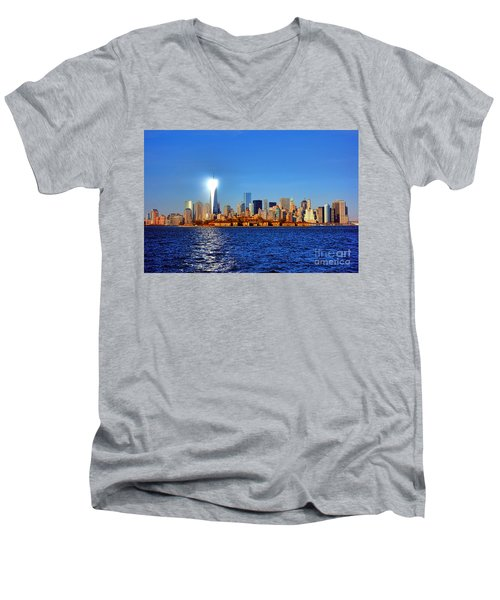 Lighthouse Manhattan Men's V-Neck T-Shirt