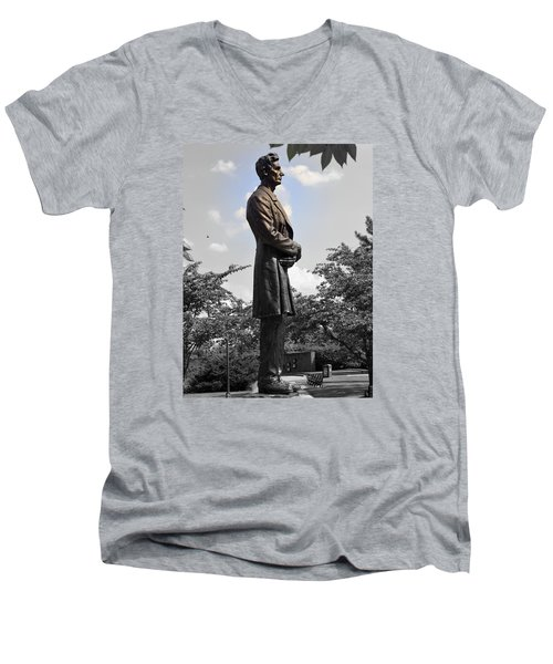 Lincoln At Lytle Park Men's V-Neck T-Shirt