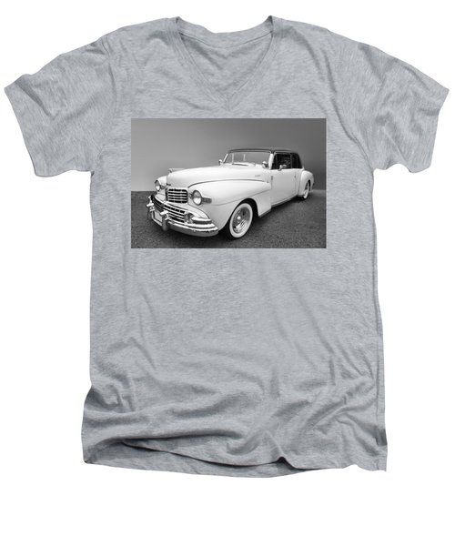 Men's V-Neck T-Shirt featuring the photograph Lincoln Continental by Kristin Elmquist