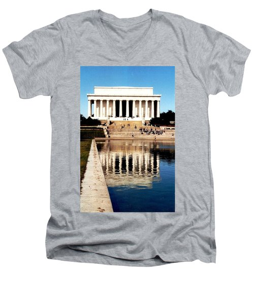Men's V-Neck T-Shirt featuring the photograph Lincoln Memorial by Daniel Thompson