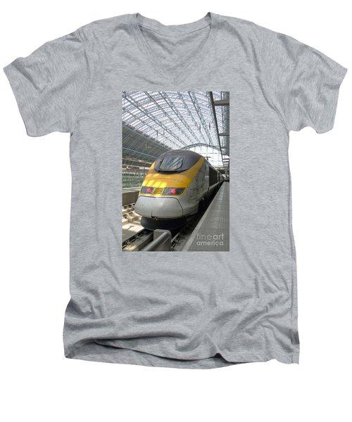 London Arrival Men's V-Neck T-Shirt