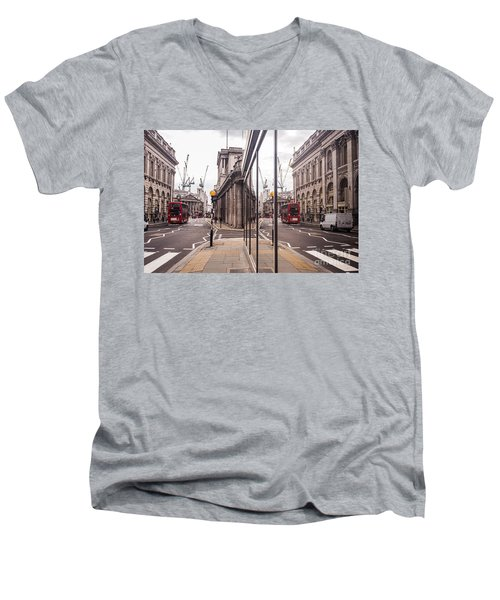 London Reflected Men's V-Neck T-Shirt
