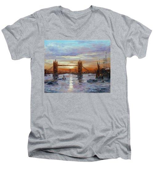 London Tower Bridge Men's V-Neck T-Shirt by Irek Szelag