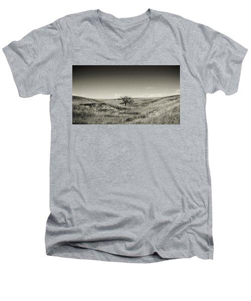 Lone Tree Winter Men's V-Neck T-Shirt