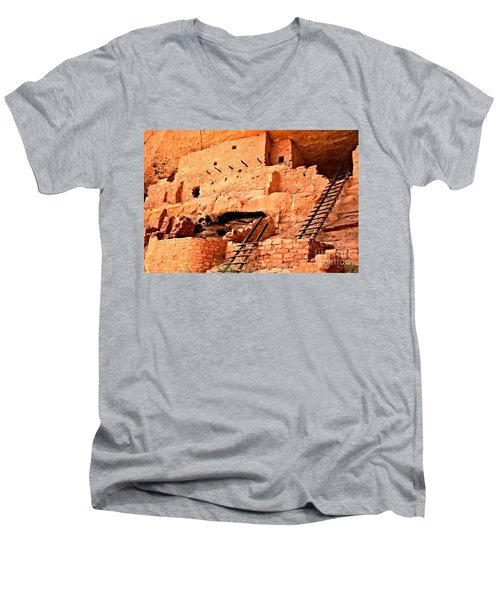 Long House Ladders Men's V-Neck T-Shirt