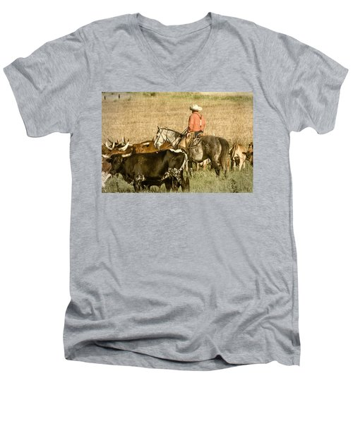 Men's V-Neck T-Shirt featuring the photograph Longhorn Round Up by Steven Bateson