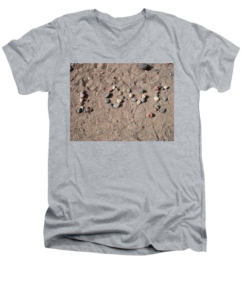 Love Rocks Men's V-Neck T-Shirt