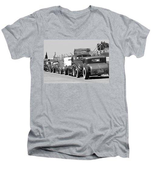 Low Row Men's V-Neck T-Shirt