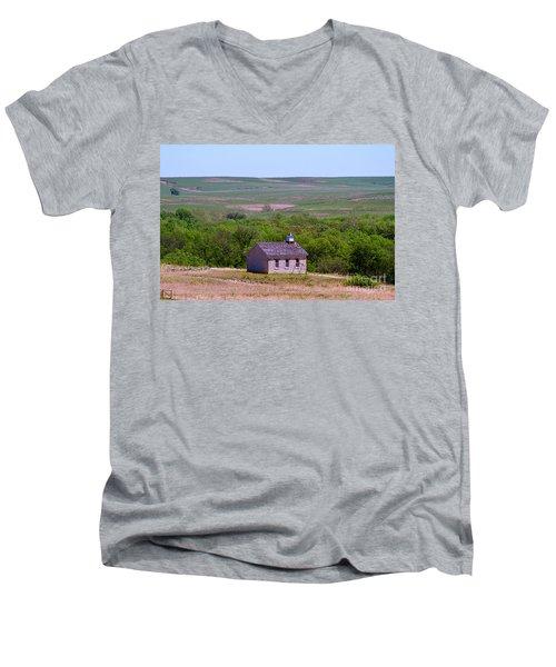 Lower Fox Creek Schoolhouse In The Flint Hills Of Kansas Men's V-Neck T-Shirt