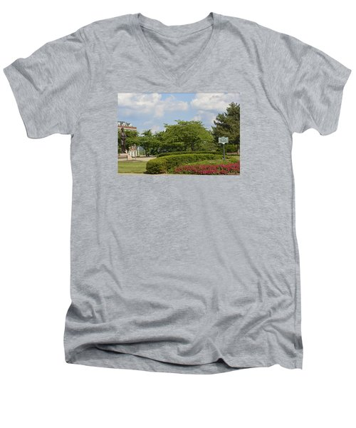 Lytle Park Cincinnati Men's V-Neck T-Shirt