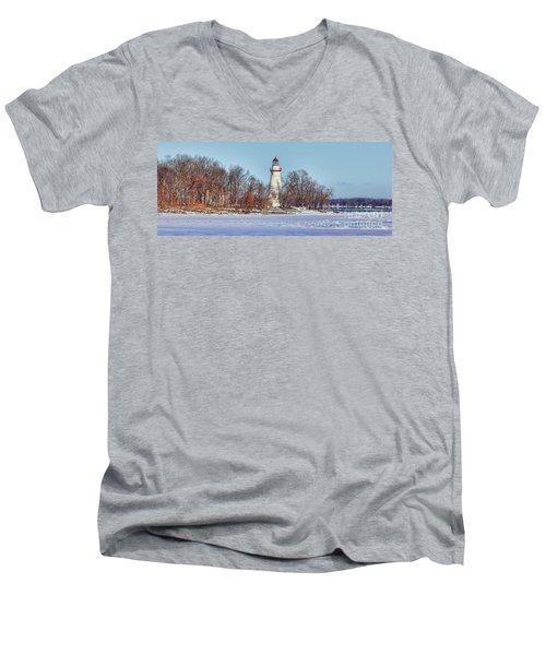 Marblehead Lighthouse In Winter Men's V-Neck T-Shirt