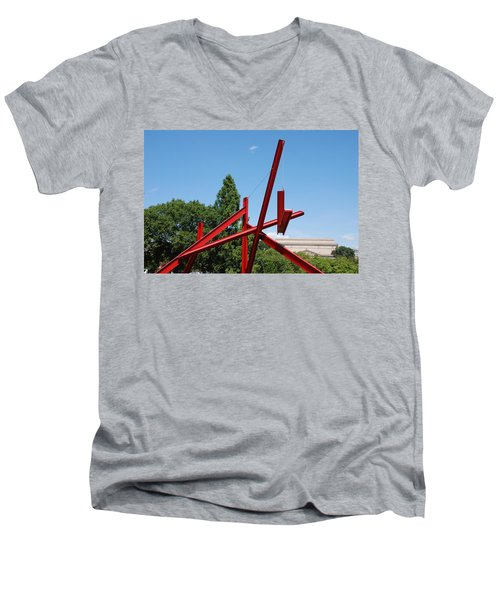 Mark Di Suvero Steel Beam Sculpture Men's V-Neck T-Shirt