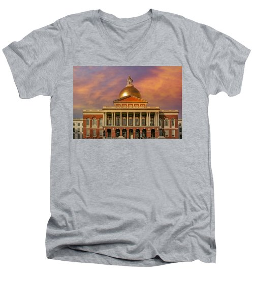 Massachusetts State House Men's V-Neck T-Shirt