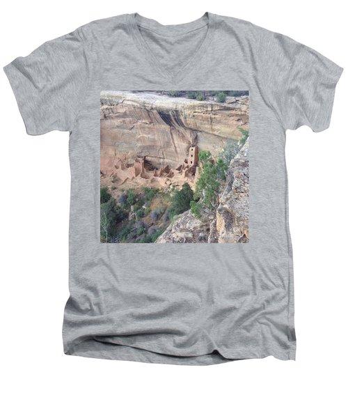 Mesa Verde Colorado Cliff Dwellings 1 Men's V-Neck T-Shirt