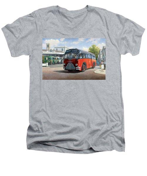 Midland Red C1 Coach. Men's V-Neck T-Shirt