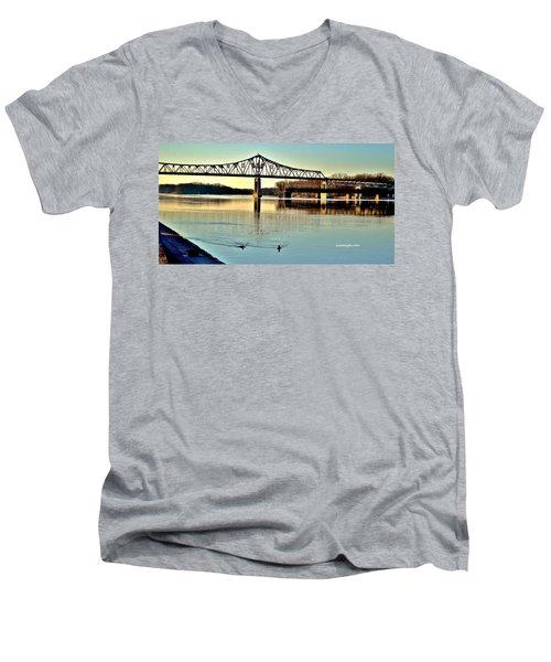 Mississippi Men's V-Neck T-Shirt
