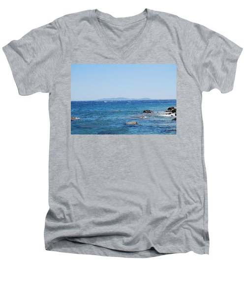 Men's V-Neck T-Shirt featuring the photograph Mistral.force 6 by George Katechis