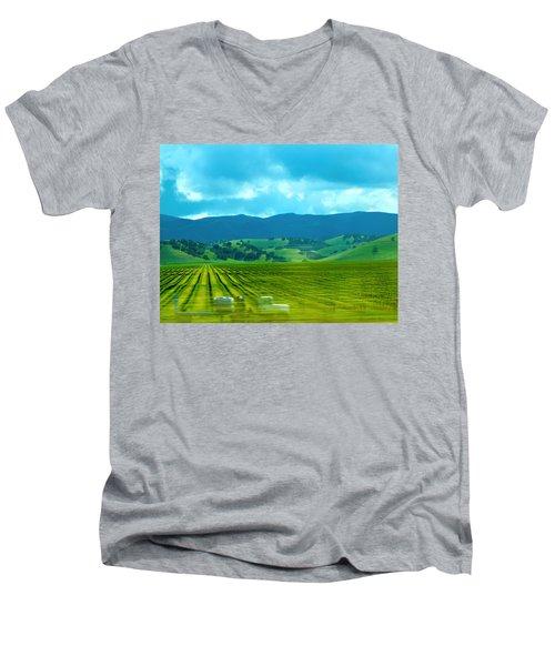 Mobile Transport Men's V-Neck T-Shirt