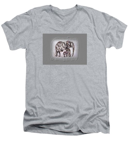 Mom Elephant Men's V-Neck T-Shirt