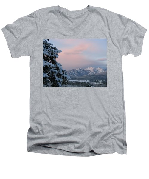 Montana Winter Men's V-Neck T-Shirt
