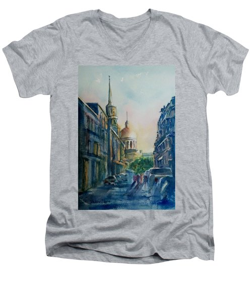 Montreal Skyline Men's V-Neck T-Shirt