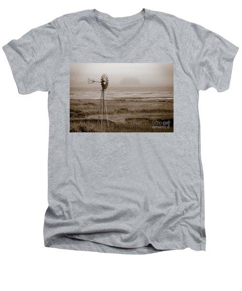 Morro Bay Windmill Men's V-Neck T-Shirt
