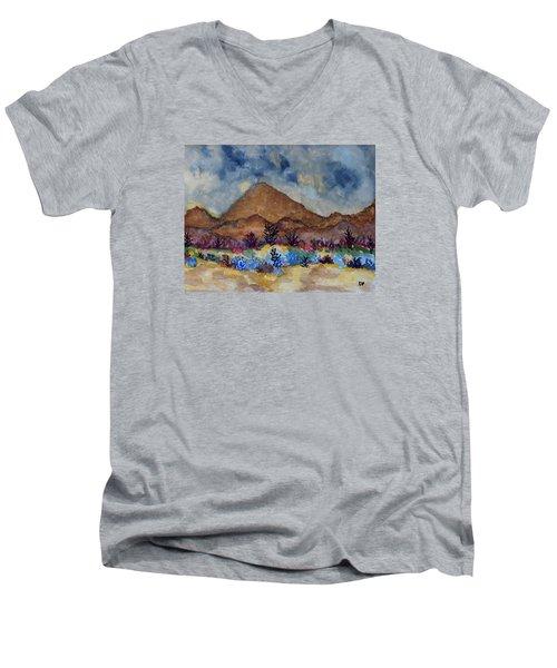 Mountain Desert Scene Men's V-Neck T-Shirt