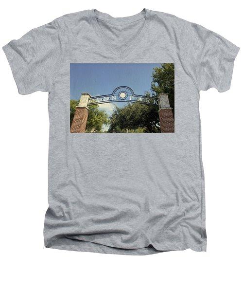 Munn Park Men's V-Neck T-Shirt