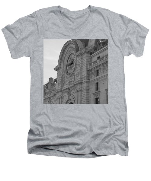 Musee D'orsay Men's V-Neck T-Shirt