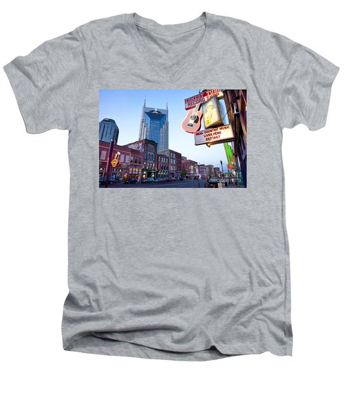 Music City Usa Men's V-Neck T-Shirt