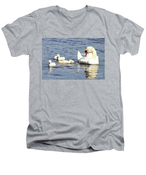 Mute Swans Men's V-Neck T-Shirt
