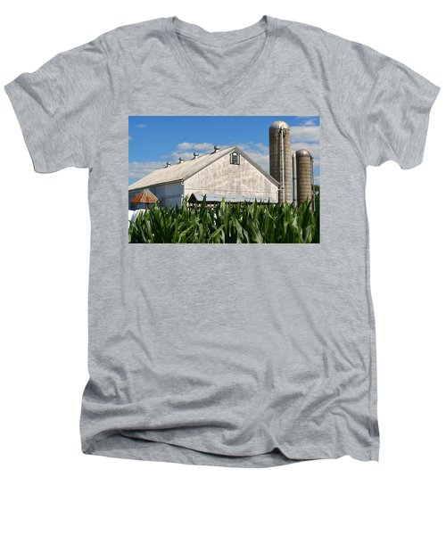 My Favorite Barn In Summer Men's V-Neck T-Shirt