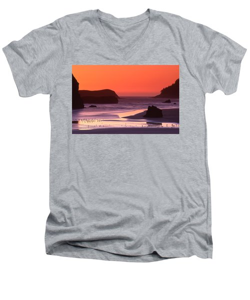 Myers Creek Sunset Men's V-Neck T-Shirt