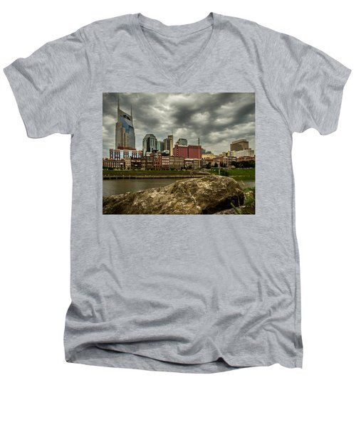 Nashville Tennessee Men's V-Neck T-Shirt