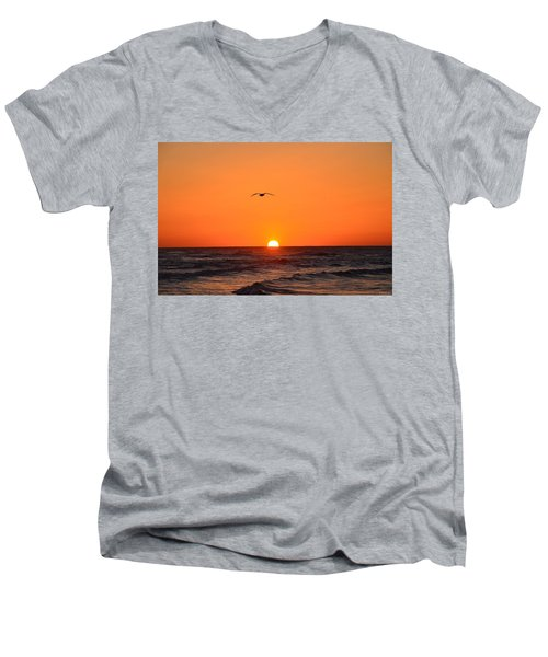 Navarre Beach Sunrise Waves And Bird Men's V-Neck T-Shirt