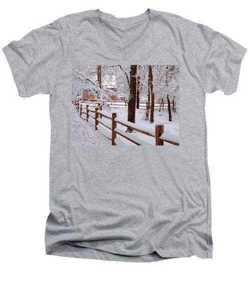 New England Winter Men's V-Neck T-Shirt