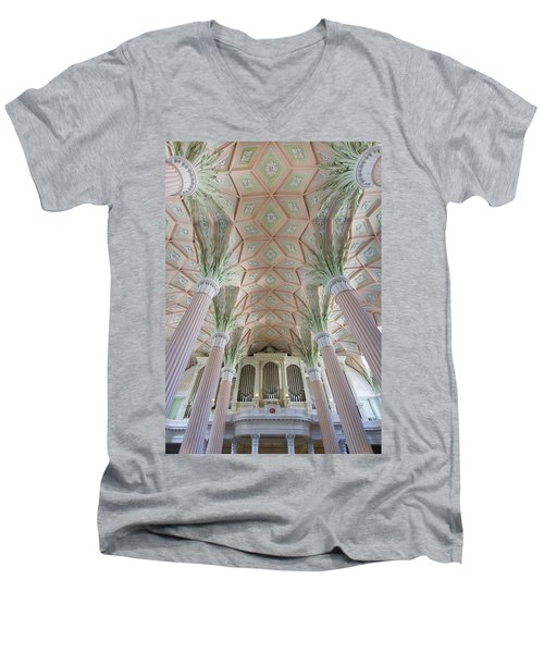 Nikolaikirche Leipzig Men's V-Neck T-Shirt