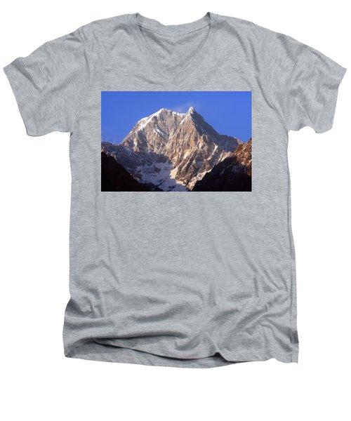 Nilgiri South 6839m Men's V-Neck T-Shirt