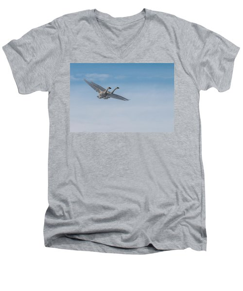 Trumpeter Swans Tandem Flight Men's V-Neck T-Shirt
