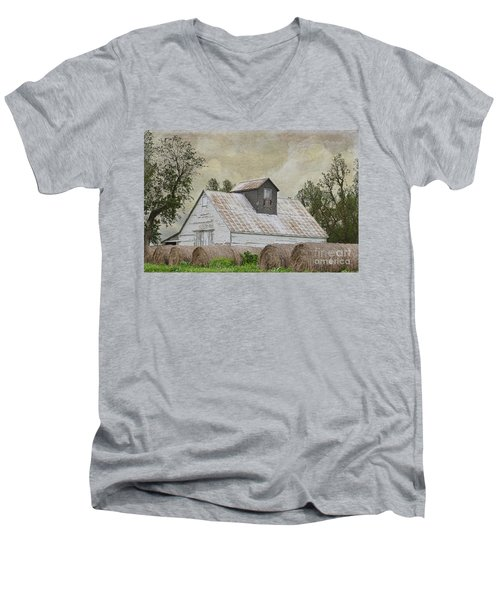 Men's V-Neck T-Shirt featuring the photograph Nortonville Kansas by Liane Wright