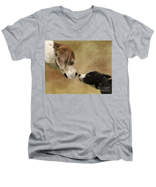 Nose To Nose Dogs Men's V-Neck T-Shirt